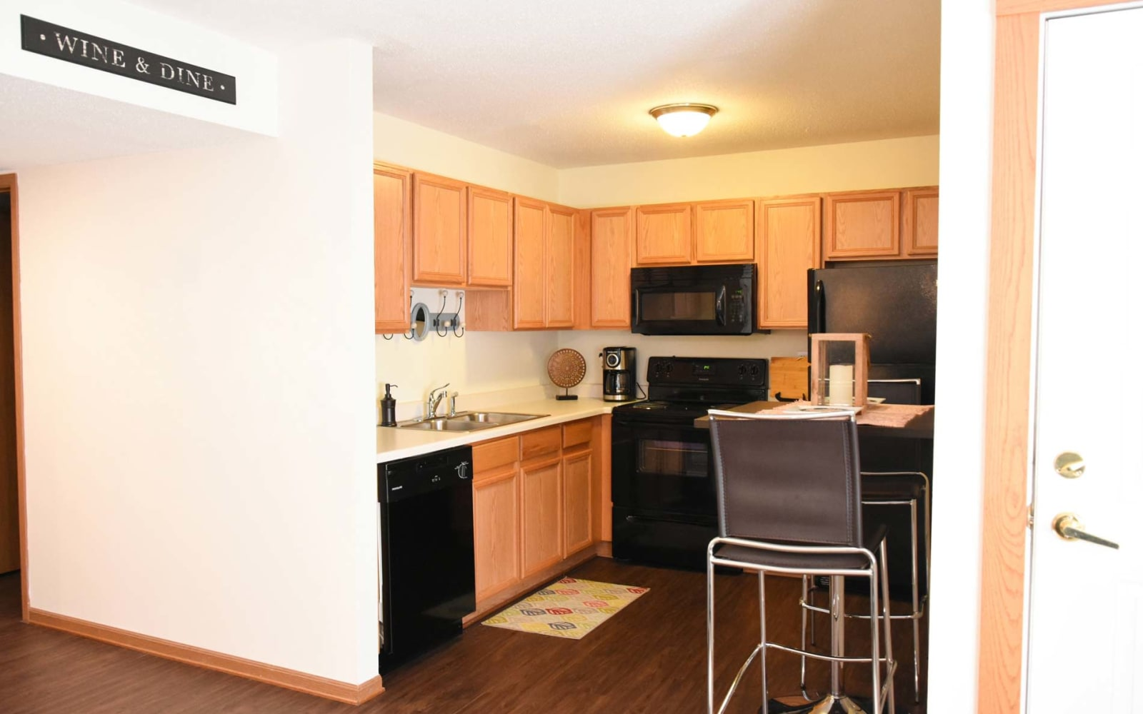 Modern apartment kitchen at Reserve at Kirkwood in Cedar Rapids, Iowa