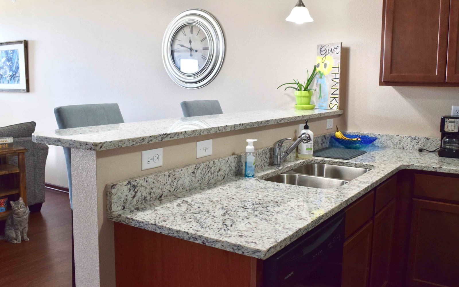 Upgraded kitchen with granite counter tops at Ironwood in Altoona, Iowa