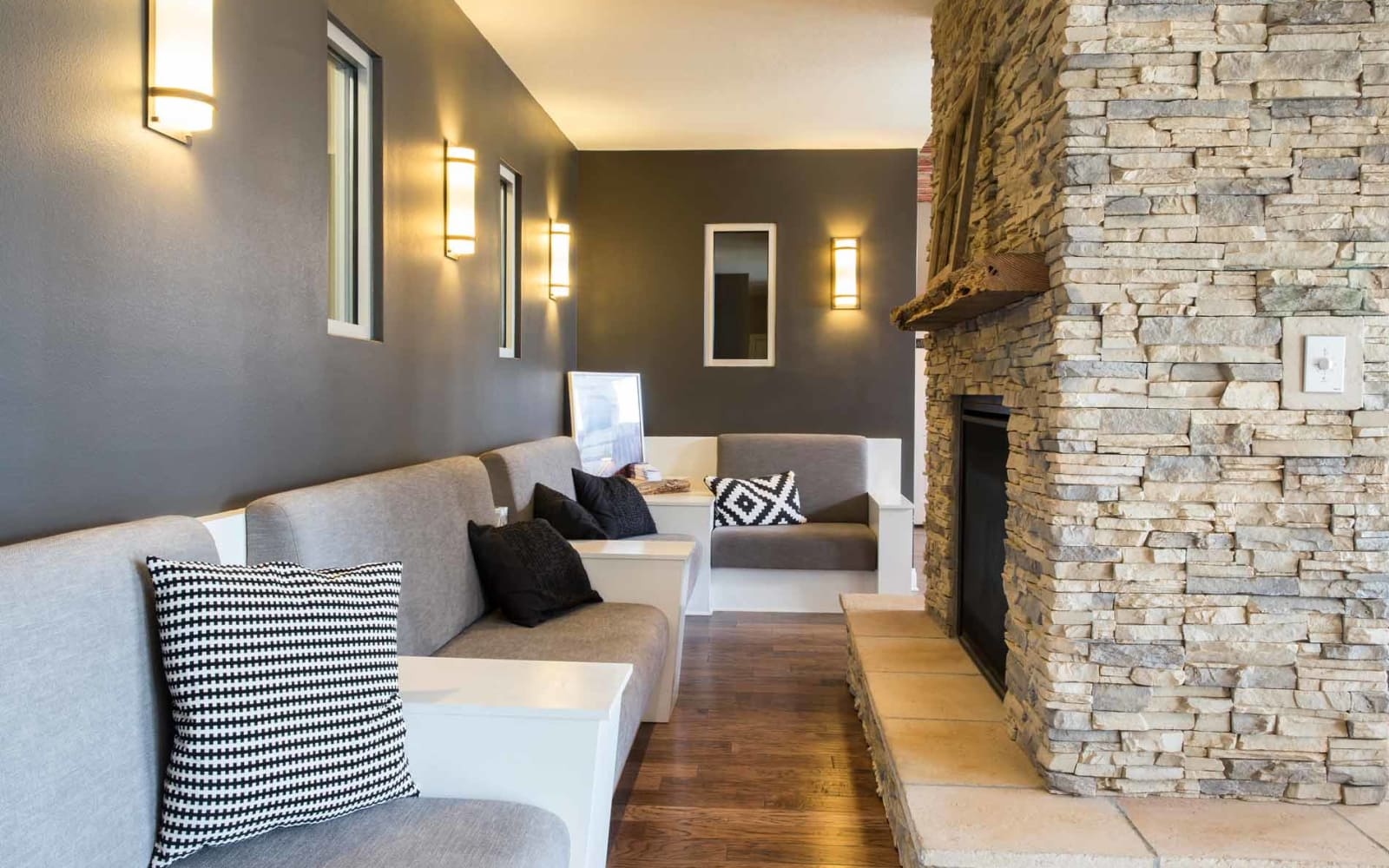 Comfortable seating in the clubhouse at Prairie Pointe Student Living in Ankeny, Iowa