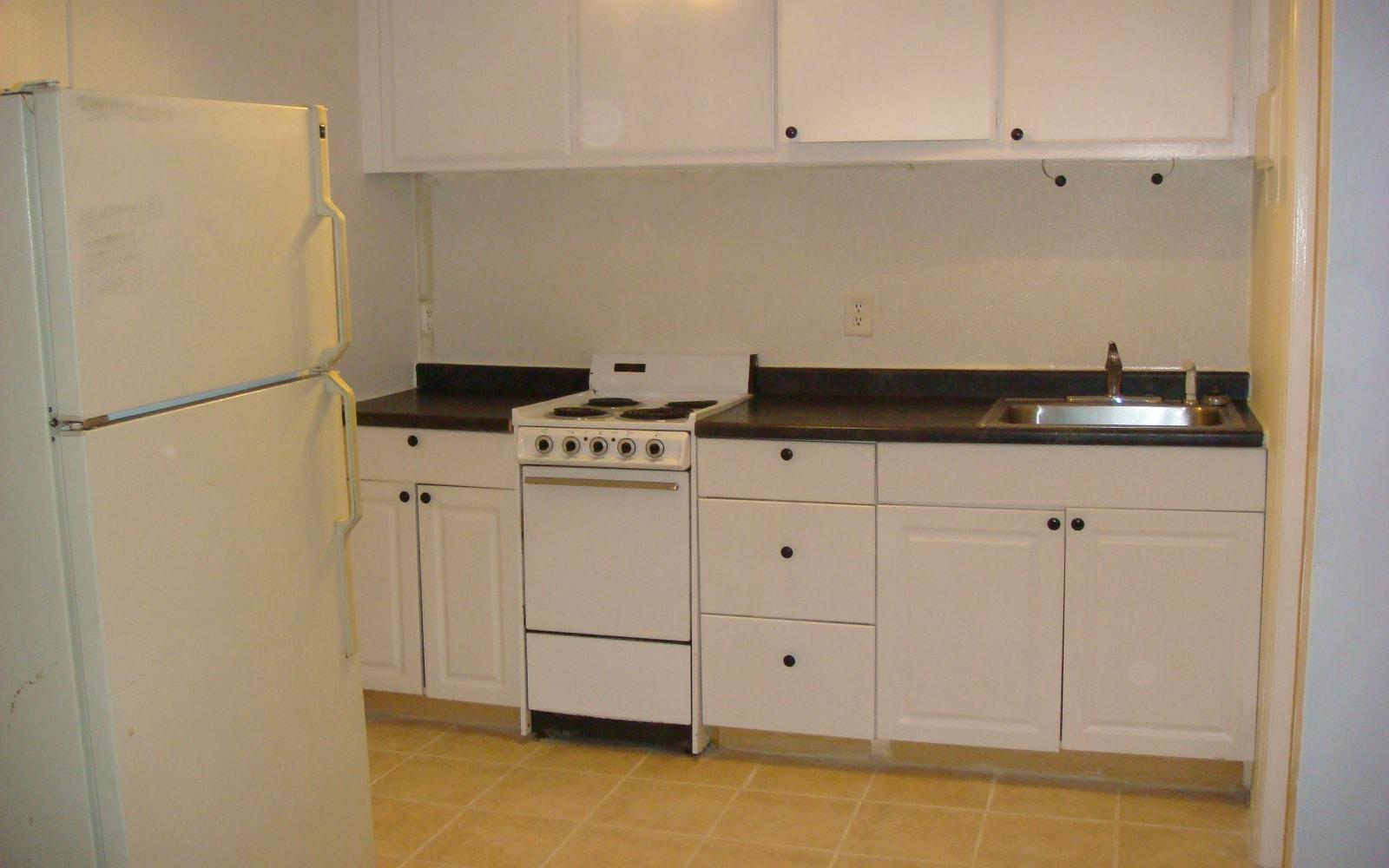 Open kitchen layout at 400 Atlantic in Bridgeport, Connecticut