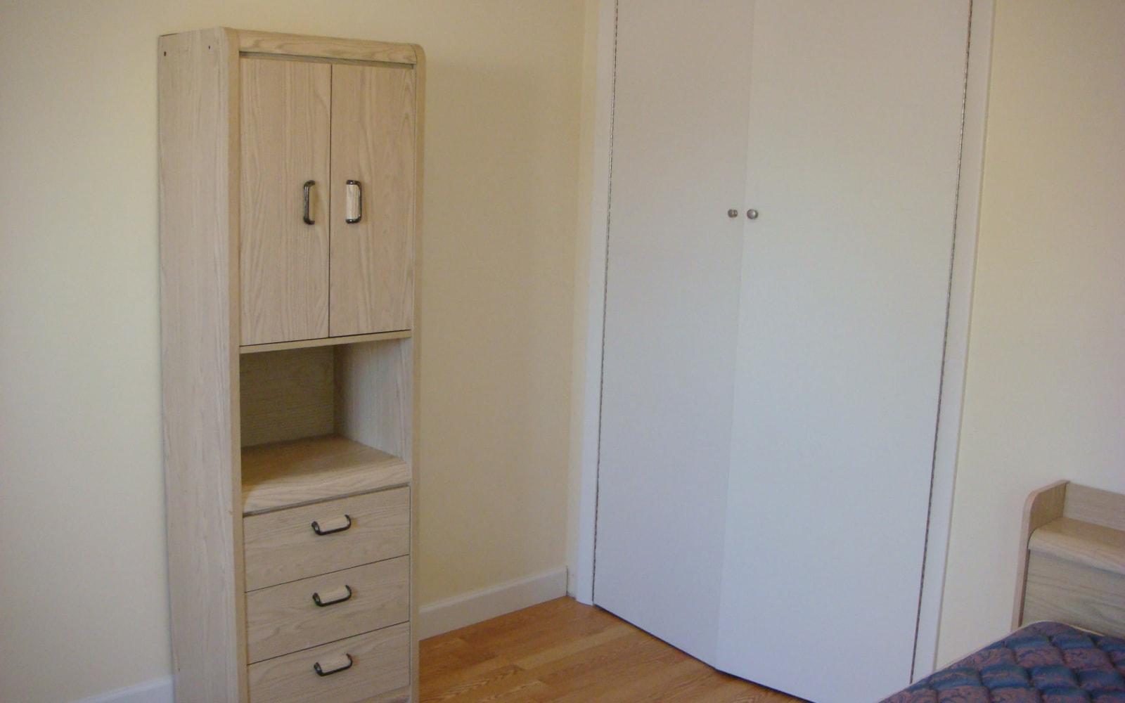 Extra bedroom at 400 Atlantic in Bridgeport, Connecticut