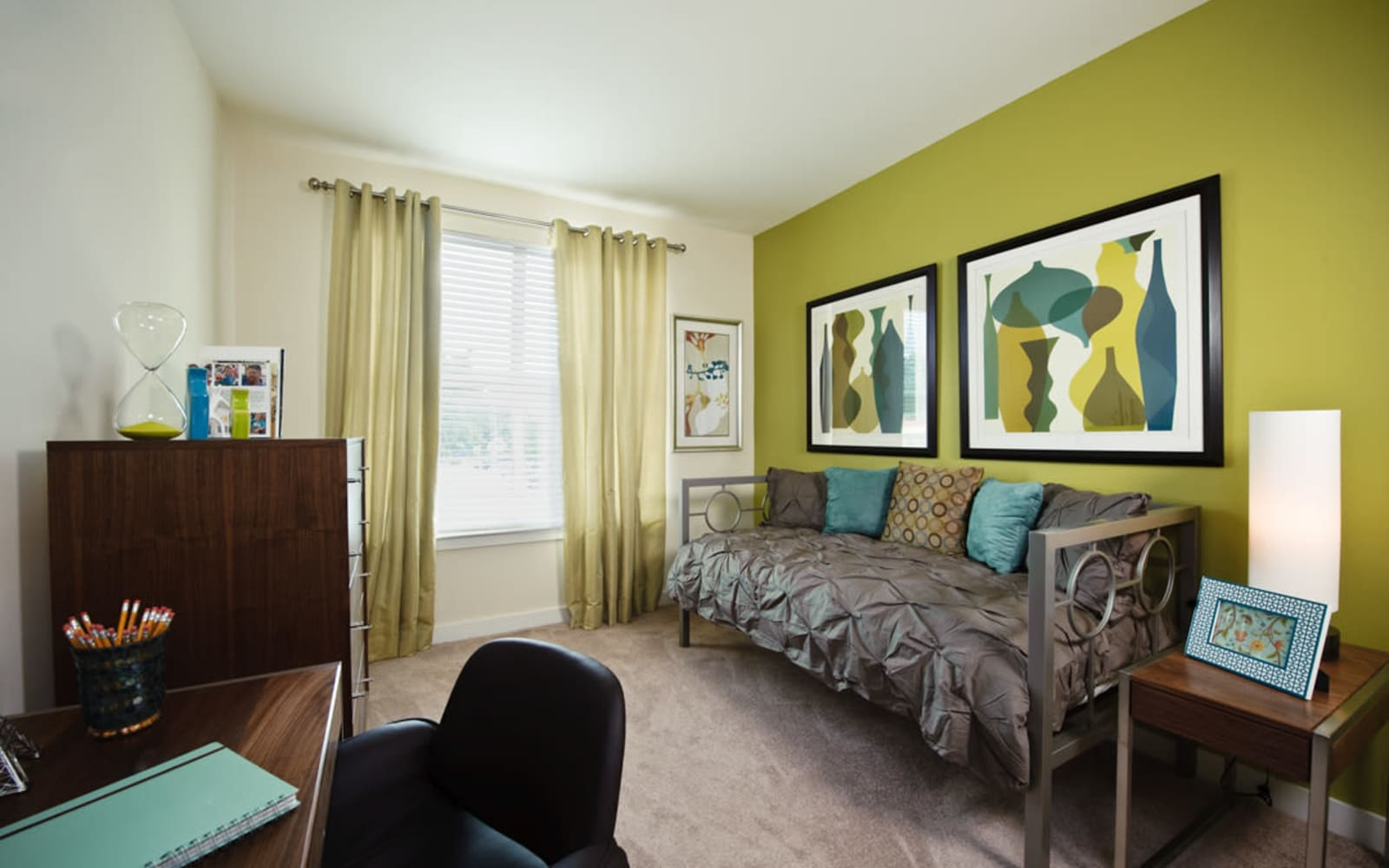 Guest bedroom at Crescent Club in New Orleans, Louisiana