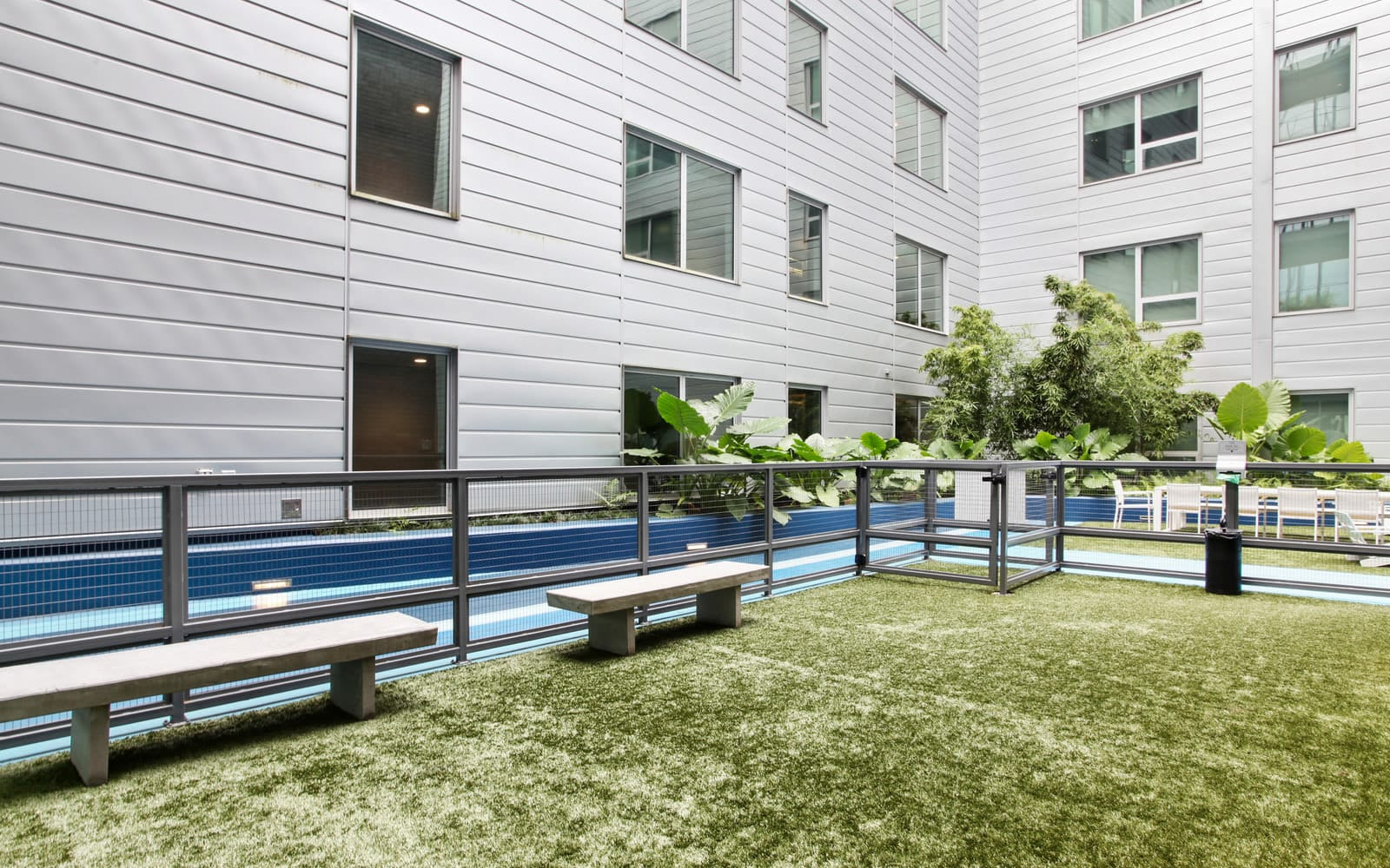 Enjoy Apartments with a Dog Park at The Beacon at South Market in New Orleans, Louisiana