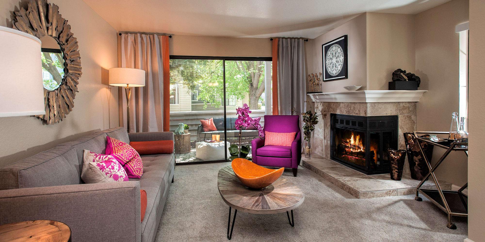 Sacramento, California, apartments at Hidden Lake Condominium Rentals