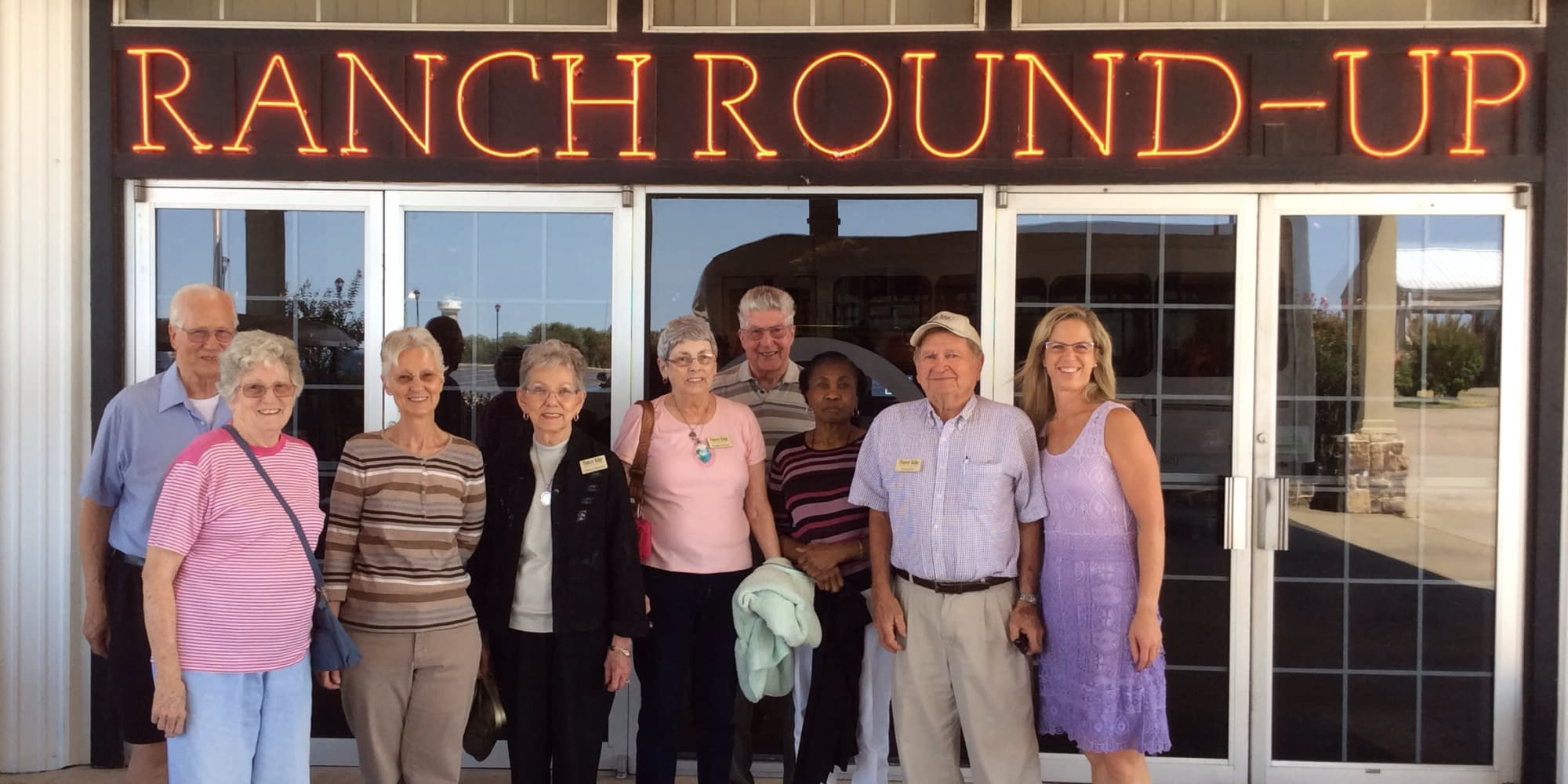 Residents from Pioneer Ridge Gracious Retirement Living in McKinney, Texas outside Ranch Round-up