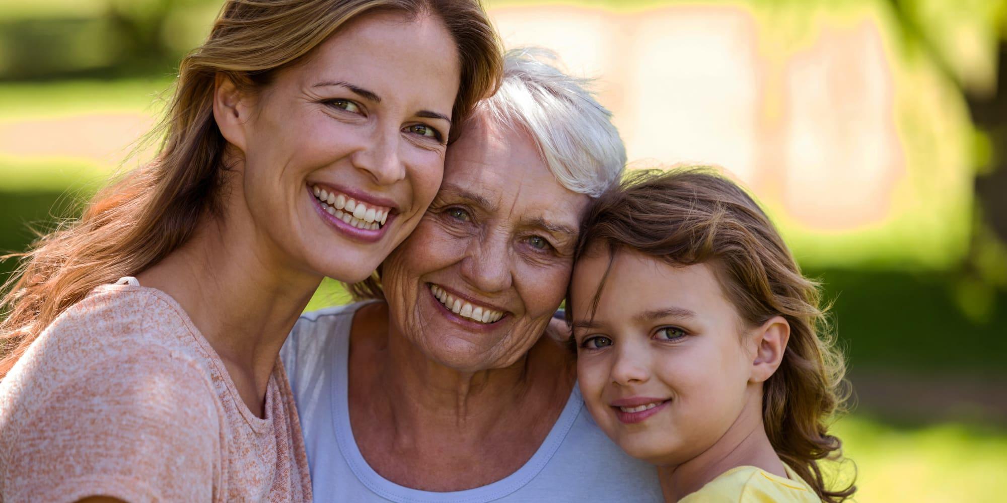 A resident and her family at Avenir Senior Living in Scottsdale, Arizona.