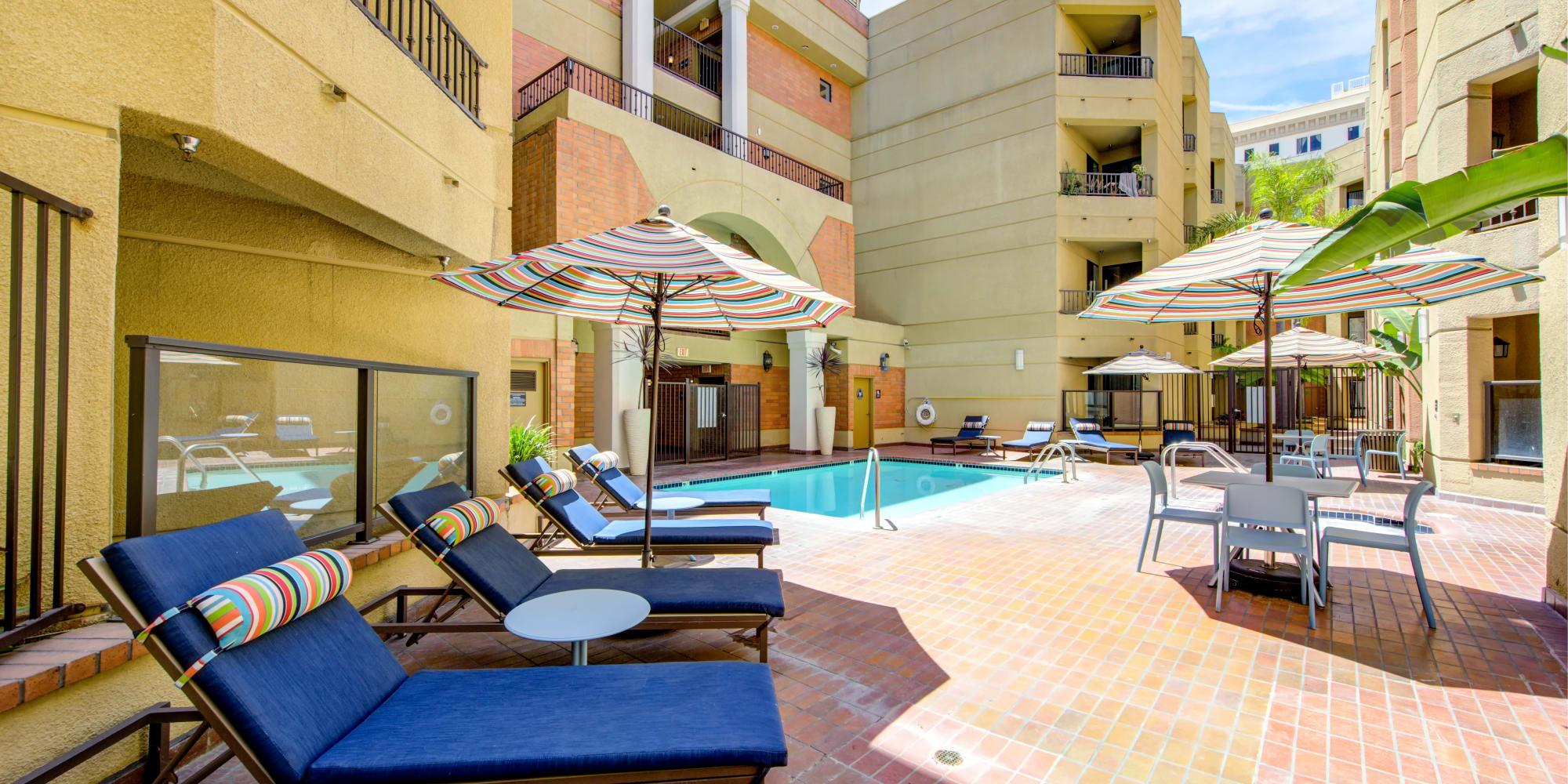 Long Beach, California, apartments at Sofi at 3rd