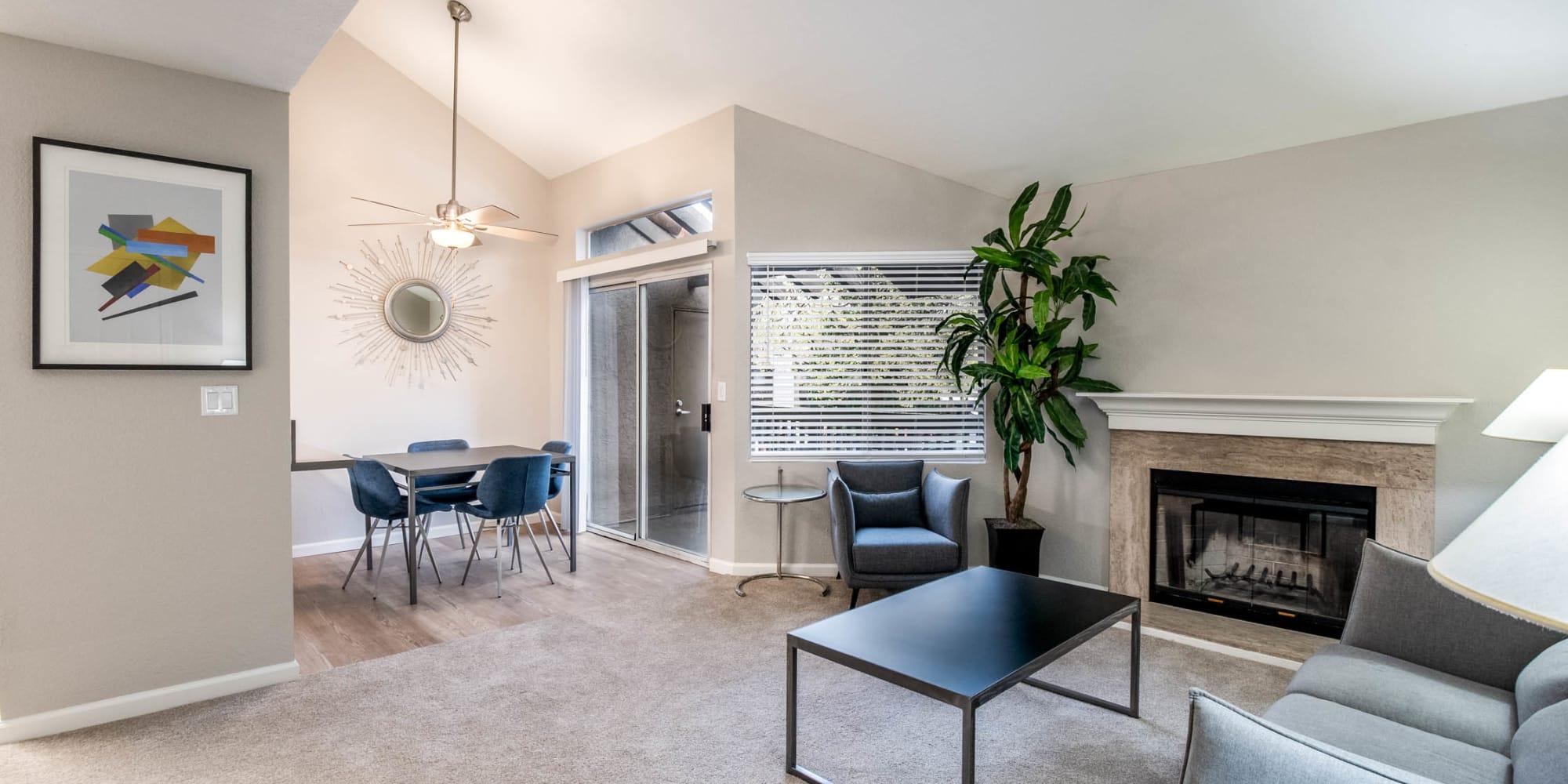 Sacramento, California, apartments at Shore Park at Riverlake