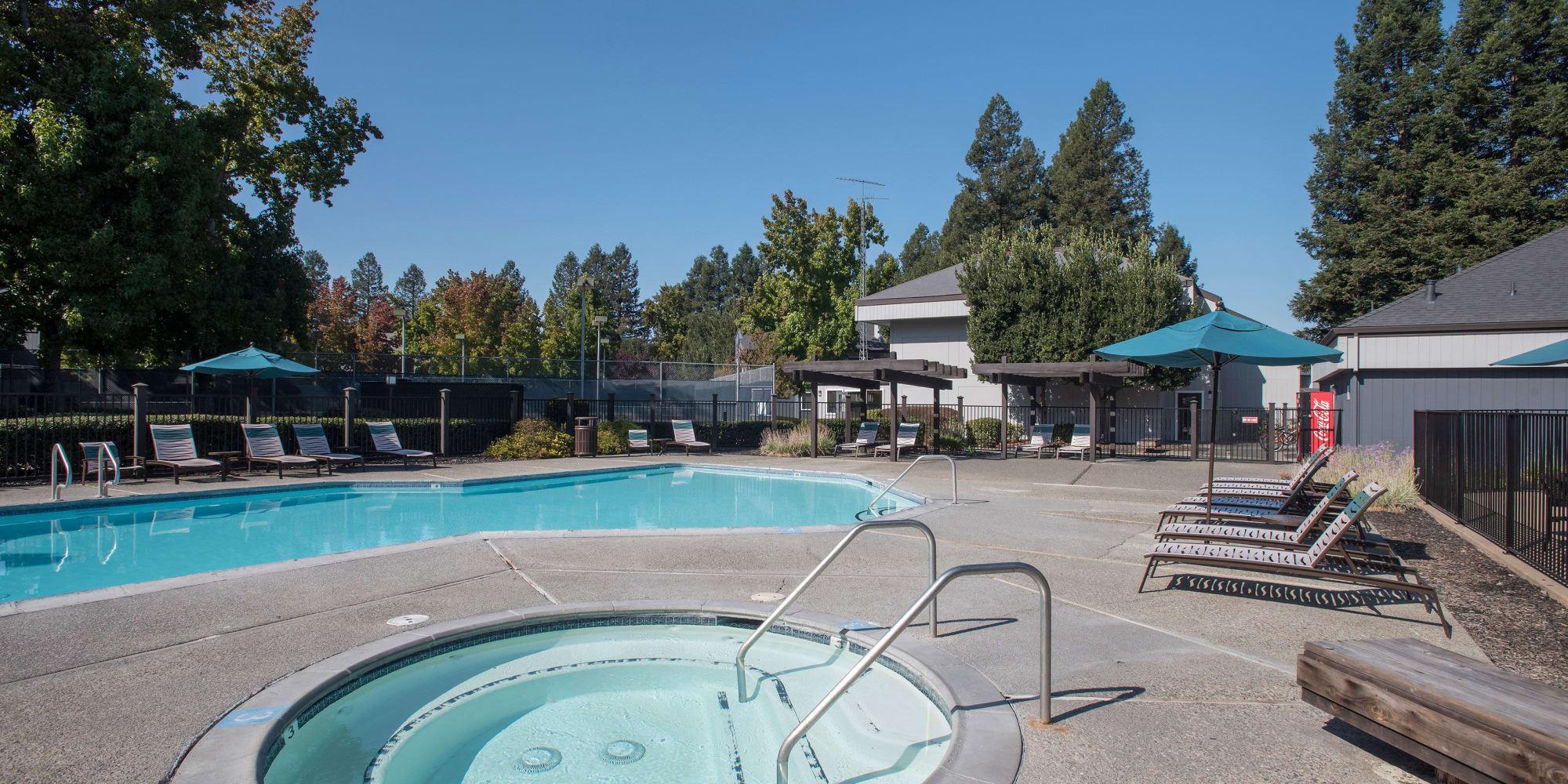 Luxury Park Ridge Apartment Homes in Rohnert Park, California