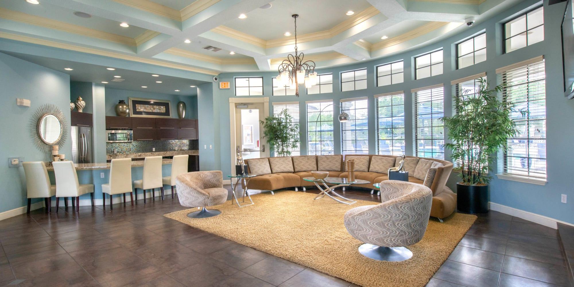 Jacksonville, Florida, apartments at Mirador & Stovall at River City