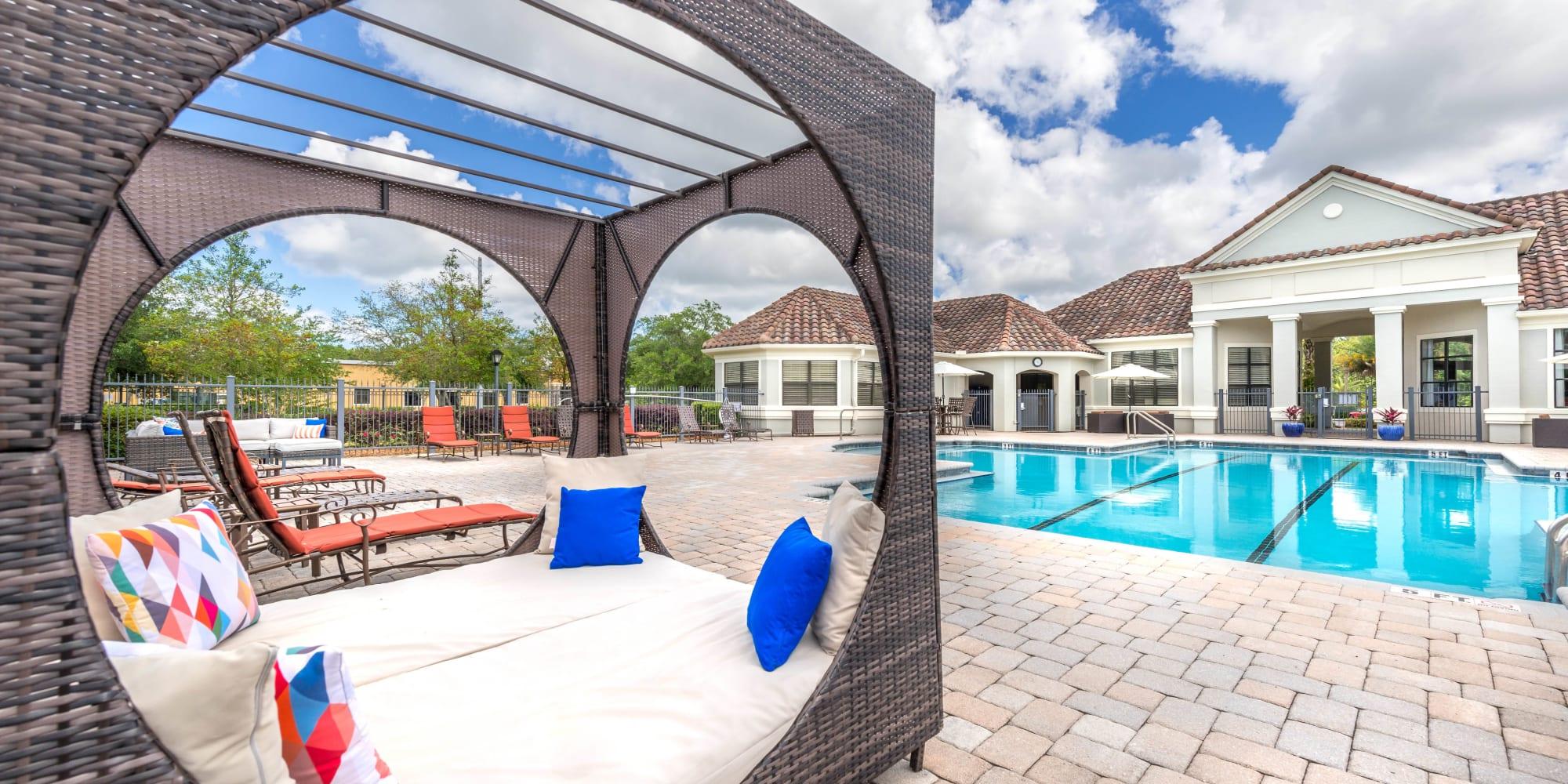 Apartments at Mirador & Stovall at River City in Jacksonville, Florida