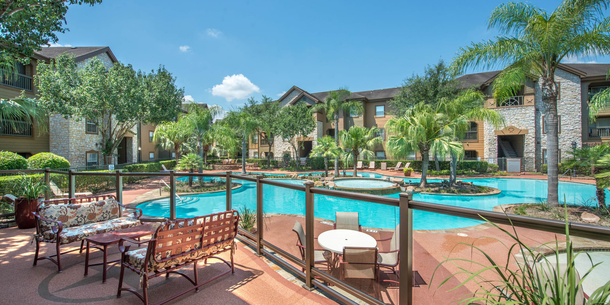 The Ranch at Shadow Lake apartments in Houston, Texas