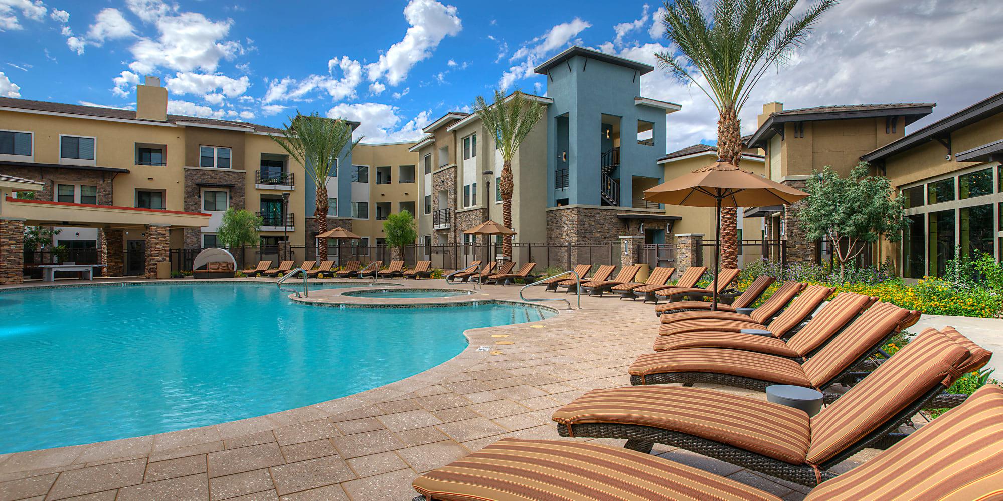 Gilbert, Arizona, apartments at Vistara at SanTan Village