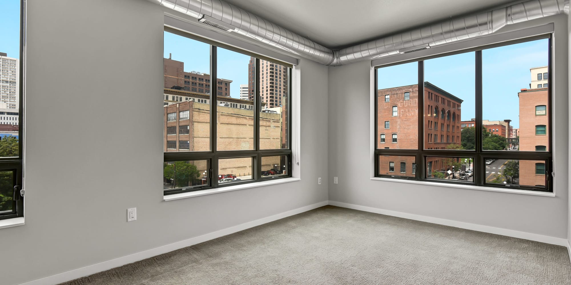Downtown St Paul Mn Apartments For Rent In Lowertown Oaks Union Depot
