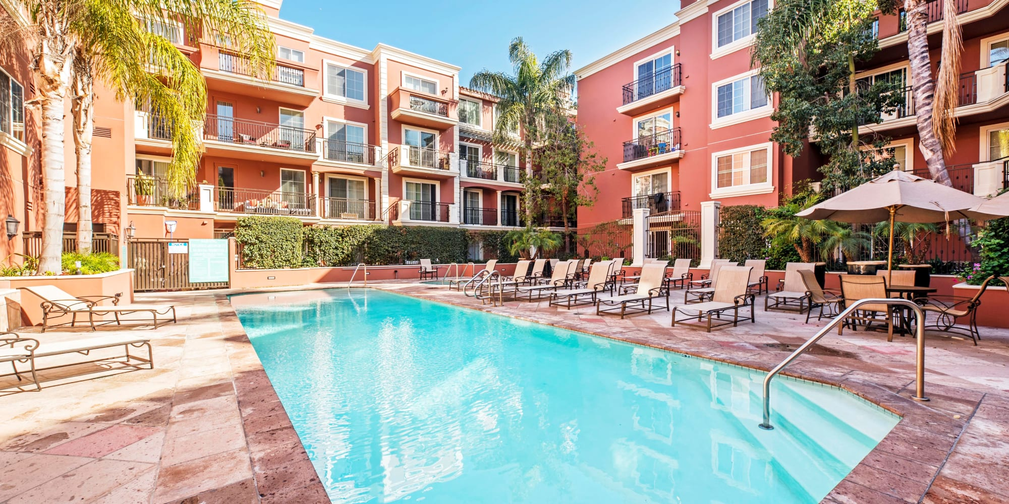 Another gorgeous day at the swimming pool at The Villa at Marina Harbor in Marina del Rey, California