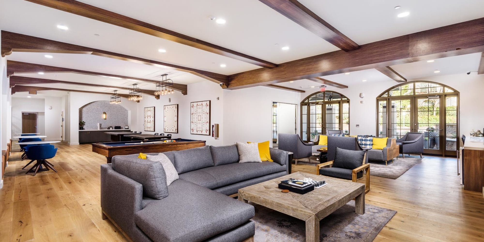 Clubhouse lounge area at Mission Hills in Camarillo, California