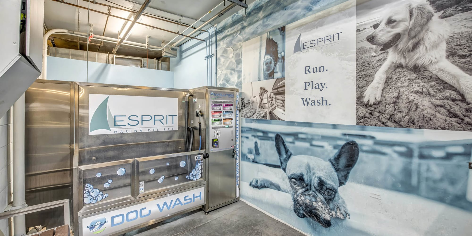 Pet care station at Esprit Marina del Rey in Marina Del Rey, California