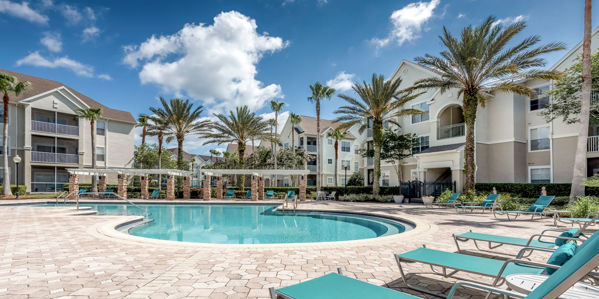 Amenities at Eddison at Deerwood Park in Jacksonville, Florida