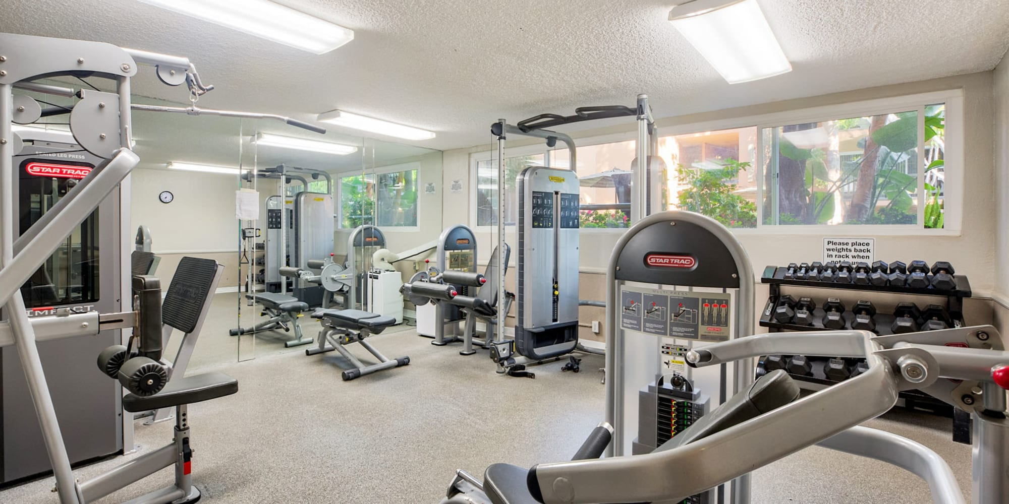 Very well-equipped fitness center at Casa Granada in Los Angeles, California