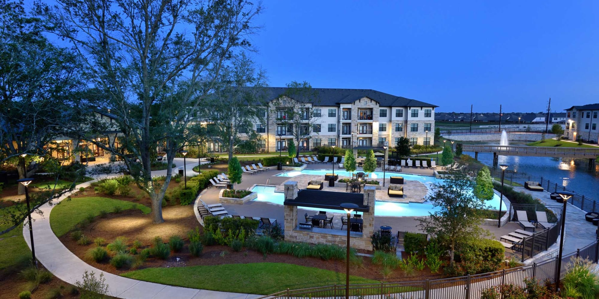 Olympus Falcon Landing apartments in Katy, Texas