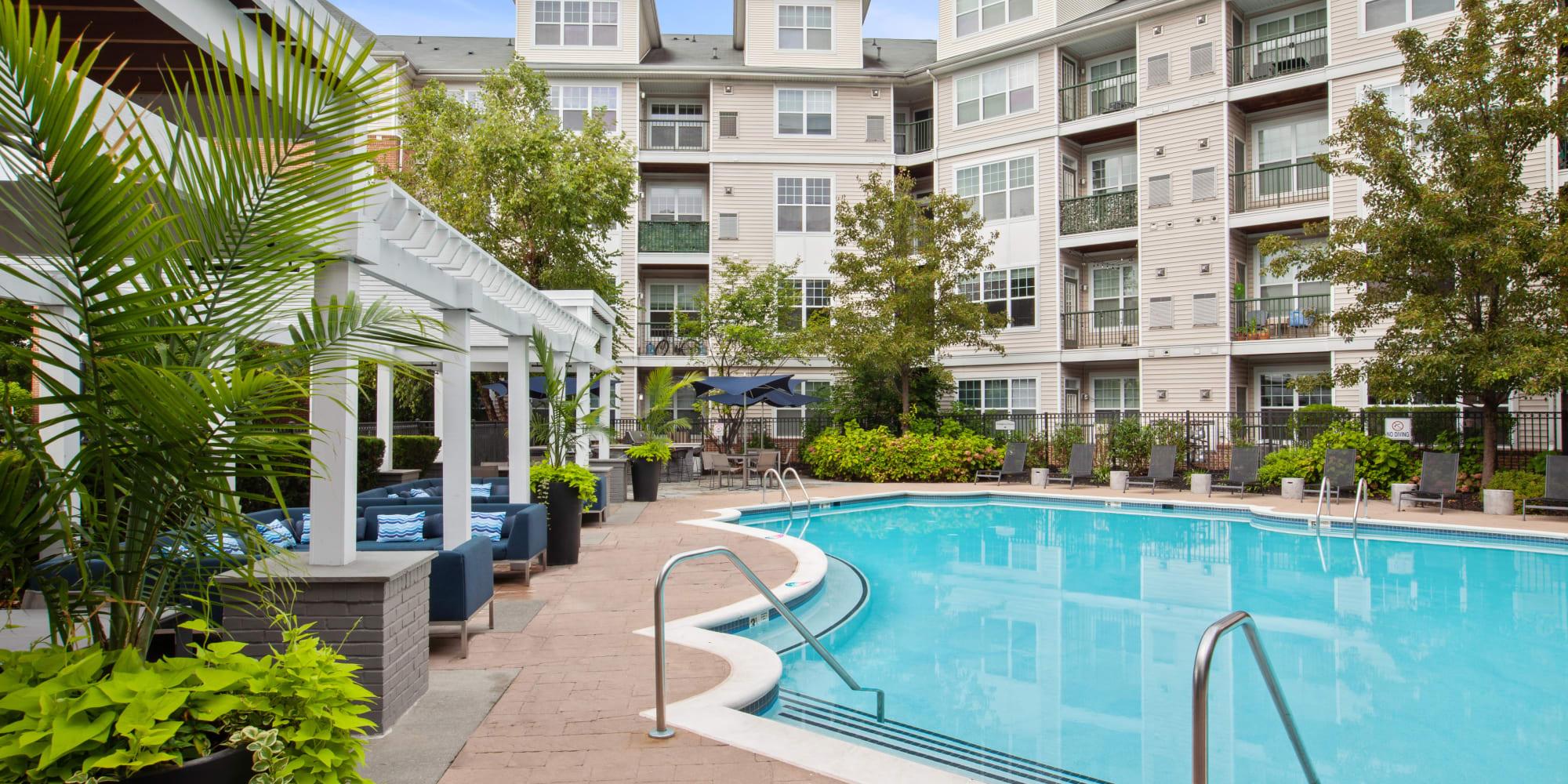 Apartments at Sofi Lyndhurst in Lyndhurst, New Jersey