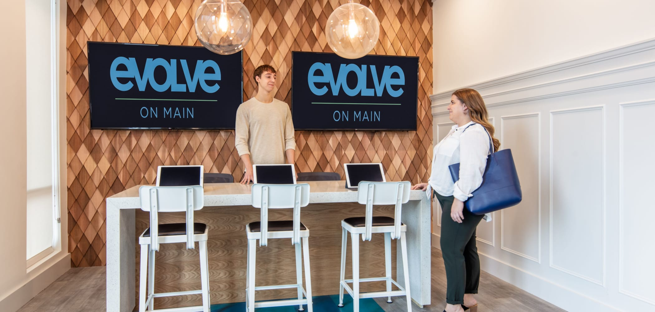 Lobby at evolve on Main in Pullman, Washington