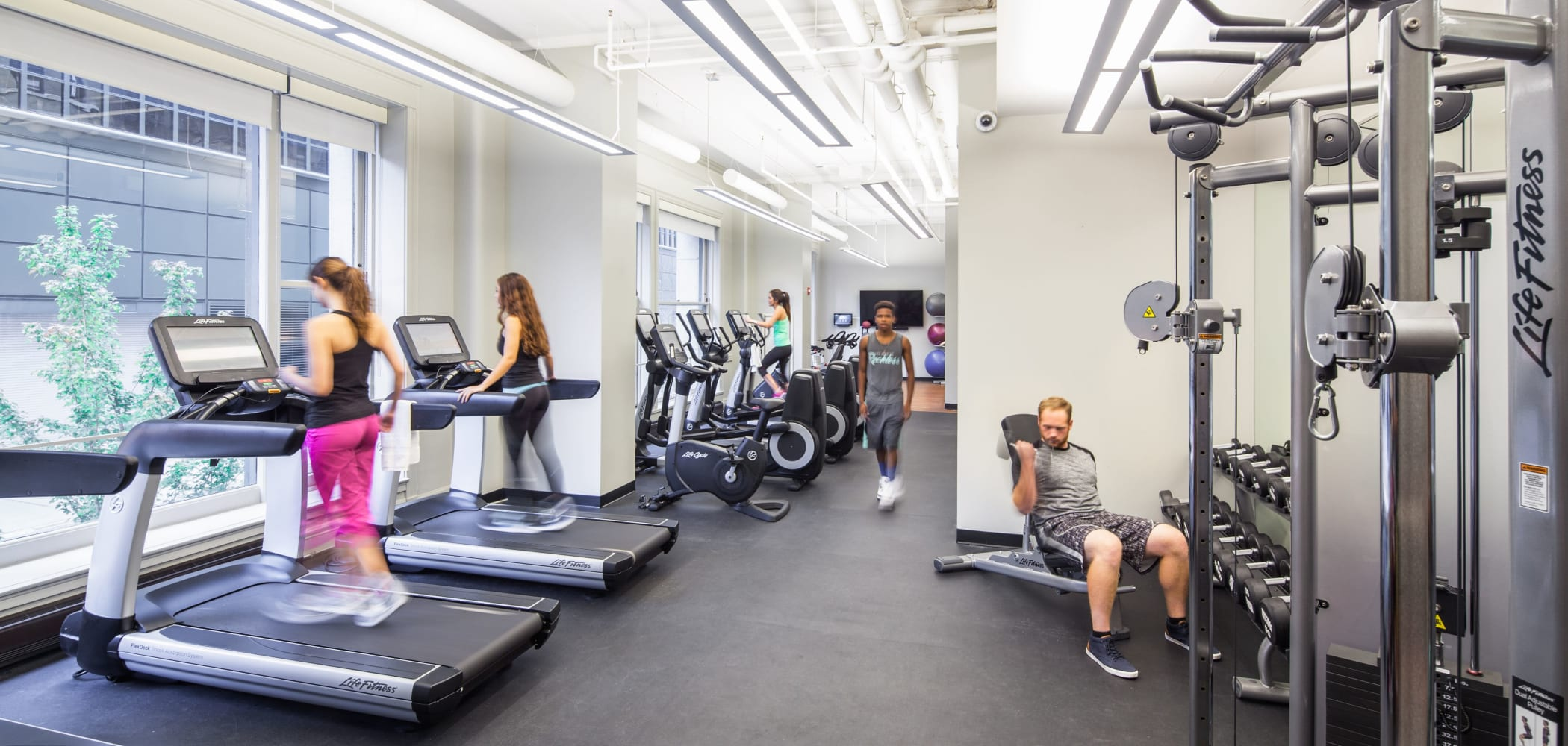 Onsite fitness center at Arc at Old Colony in Chicago, Illinois