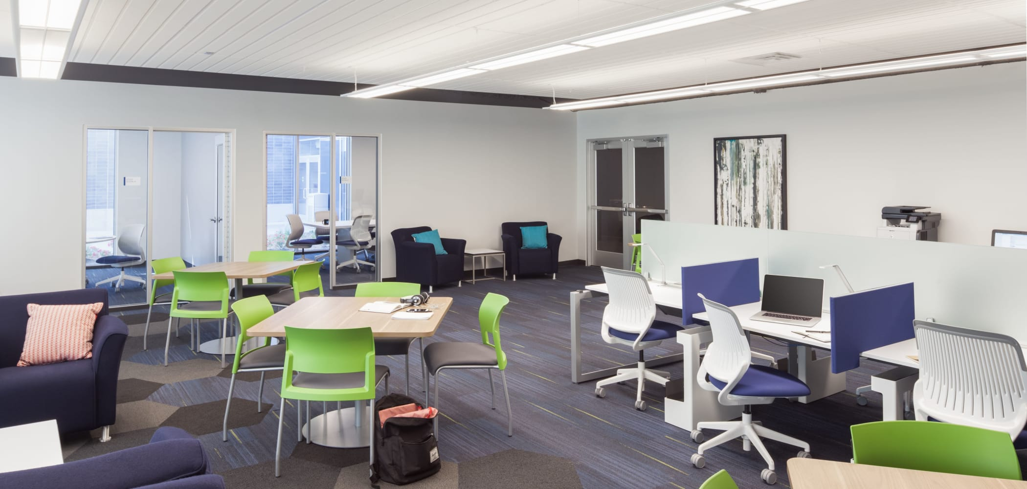 Community study room at West Quad in Champaign, Illinois