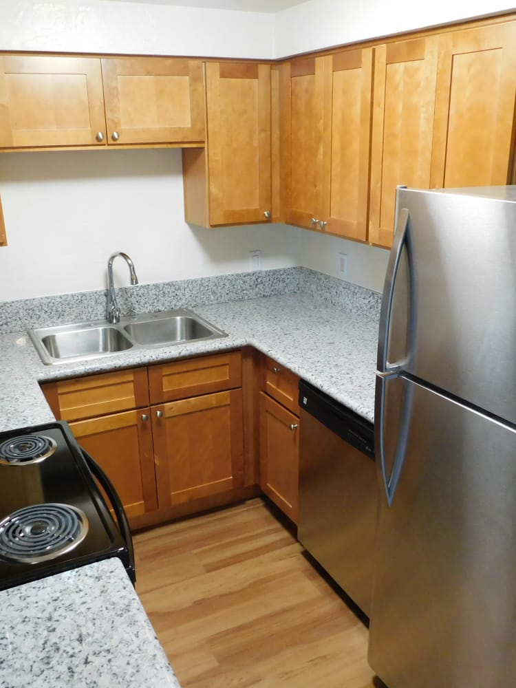 Well Equipped Kitchen at Lakeside Apartments in Albany, OR