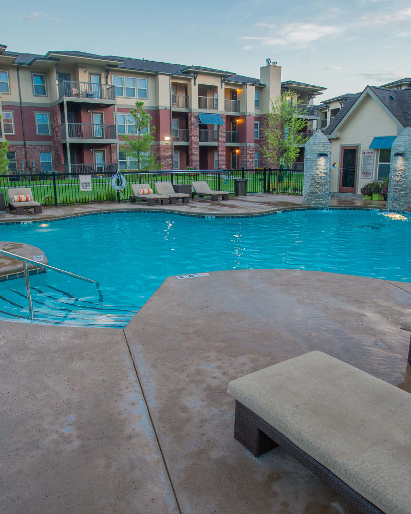 Resort style pool at The Reserve at Elm in Jenks, Oklahoma