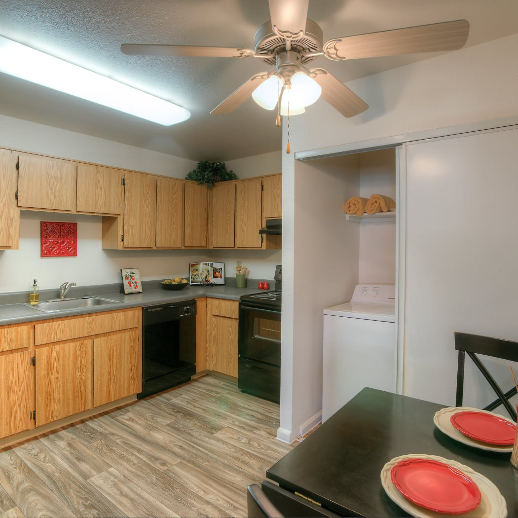 Beautiful apartment features await at Argenta Apartment Homes in Mesa