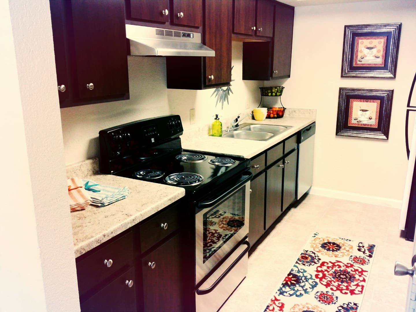 Fully equipped kitchen at The Abbey at Jones Road in Houston