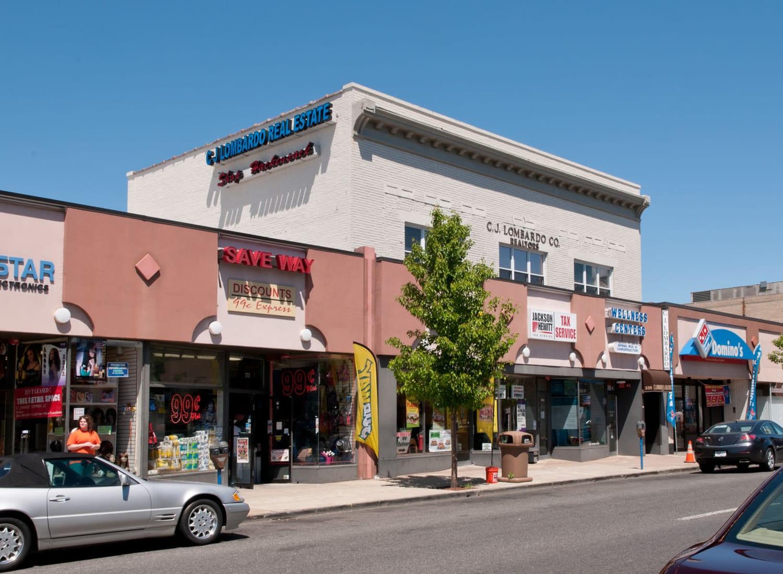 325-343 Main building in Hackensack, New Jersey