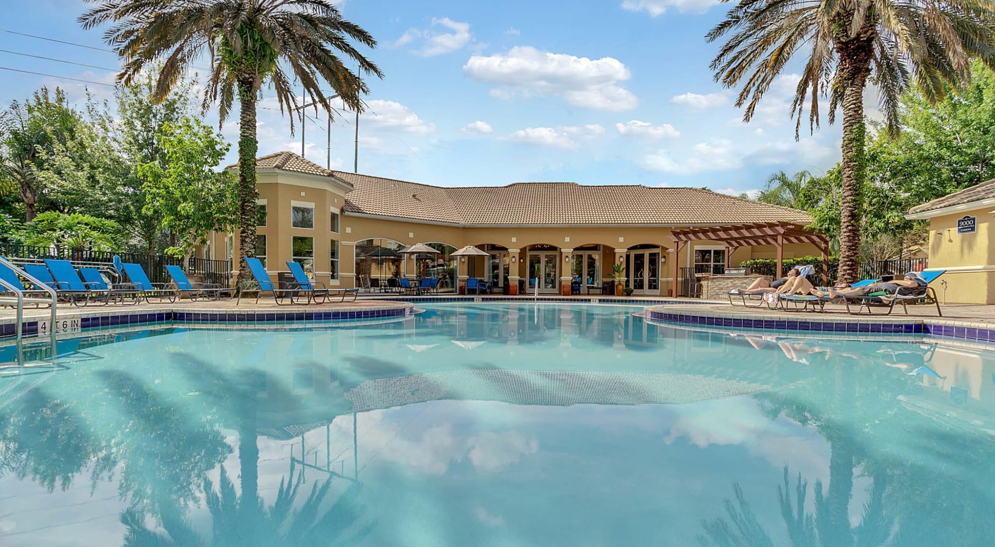 Orlando, Florida apartments at Palms at World Gateway