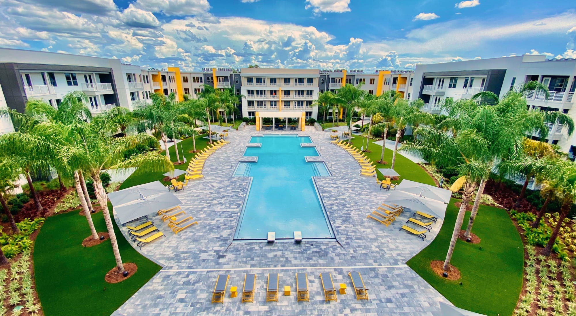Resort style pool at Fusion apartments in Jacksonville, Florida