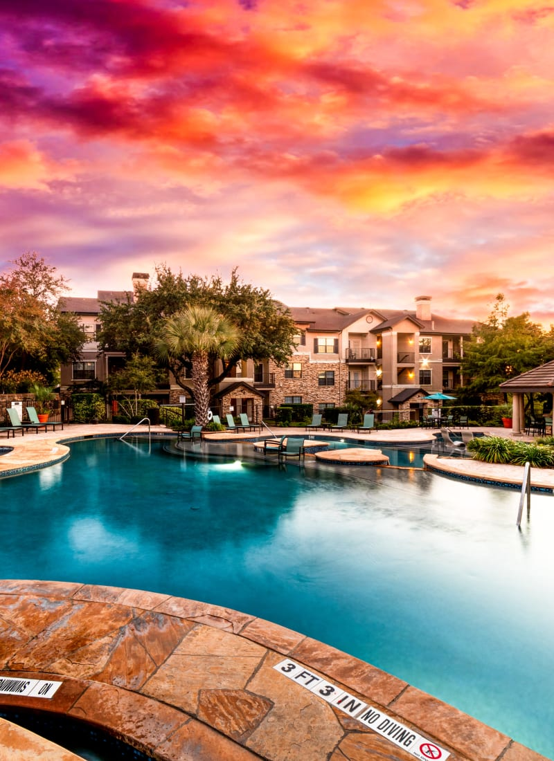 Pool at sunset at Marquis Parkside in Austin, Texas