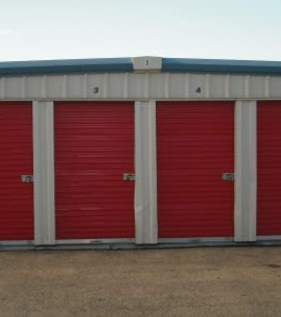 sevenoaks in storage to for district find a the of west row rent garage home kent garages