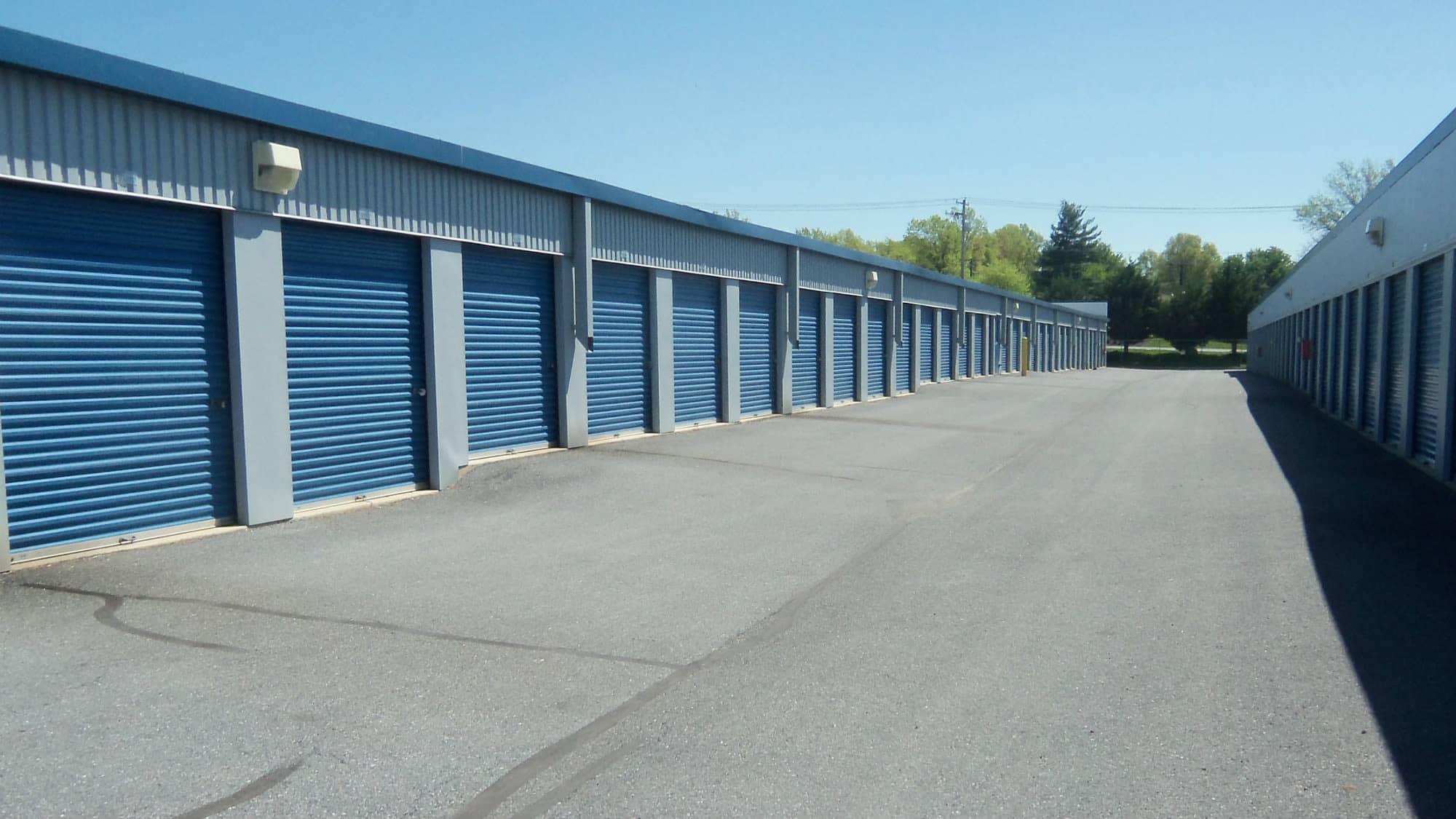 Wide driveways at Self Storage Plus in Walkersville, MD