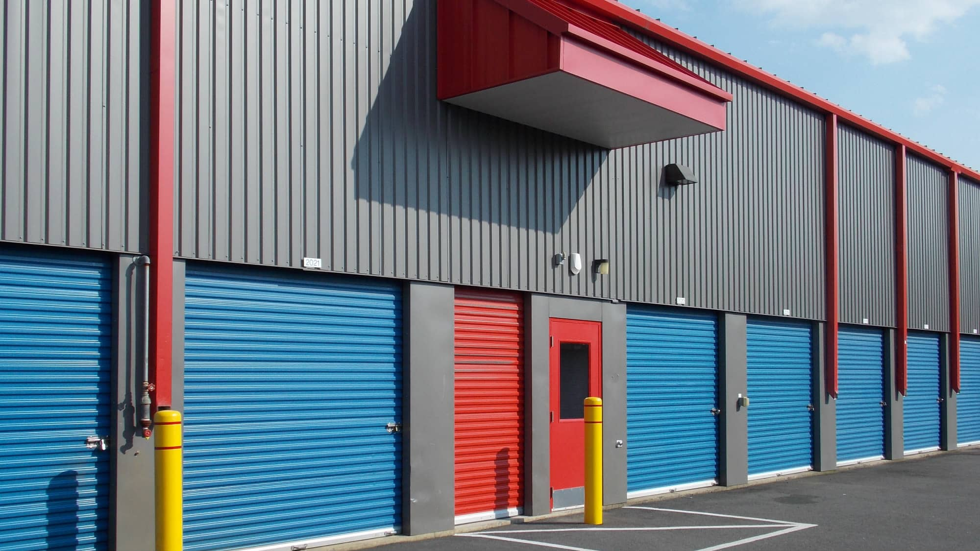 Wide driveways at Self Storage Plus in Manassas, VA