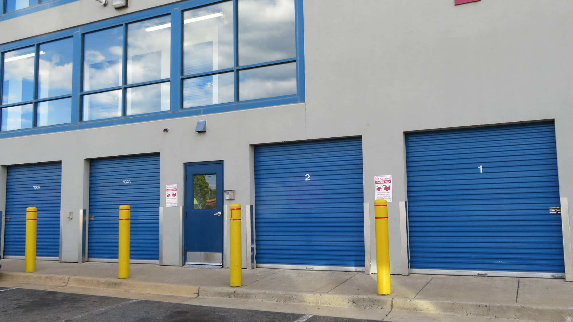 Ground-floor units at Self Storage Plus in Arlington, VA
