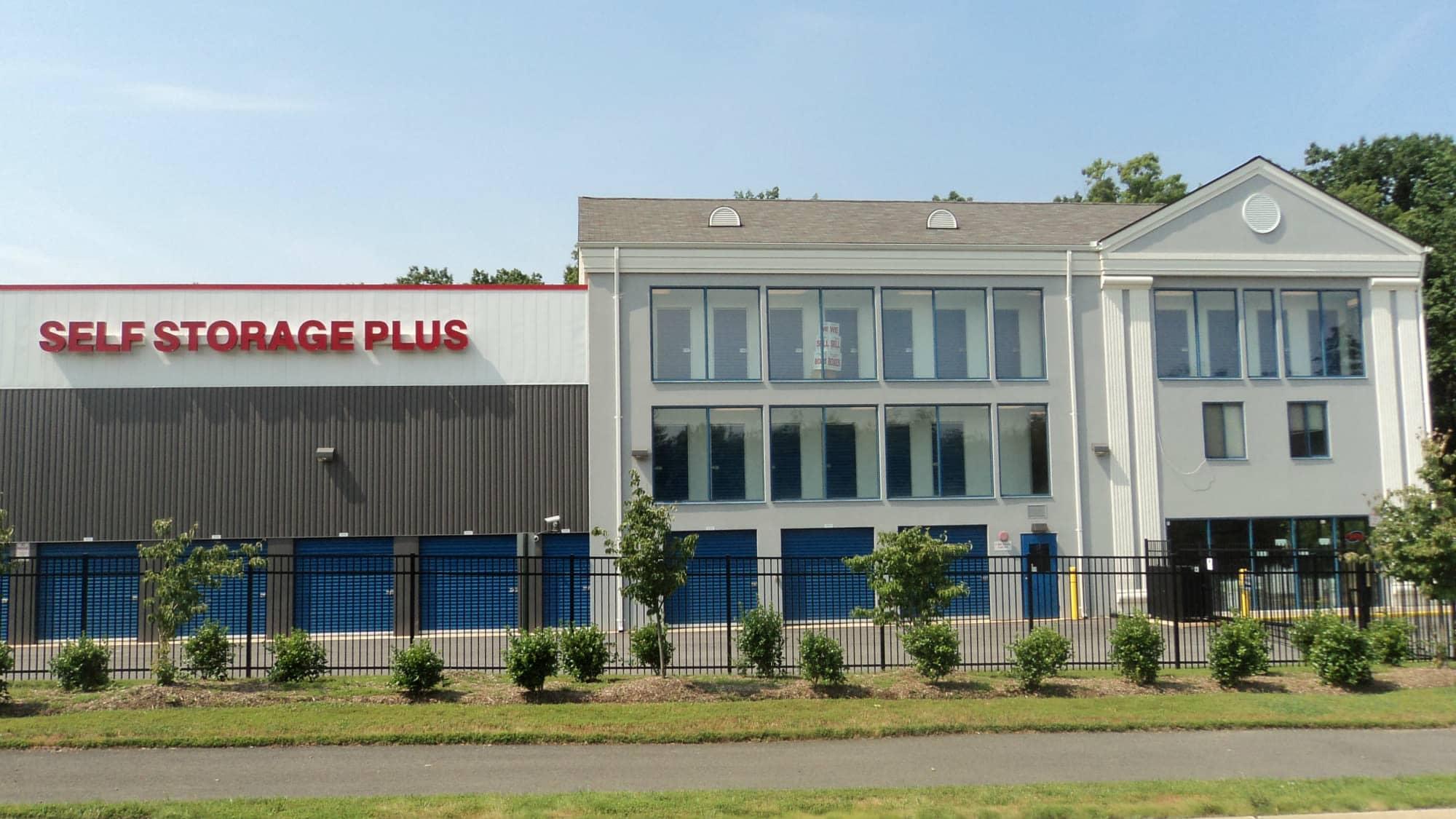Exterior view of Self Storage Plus in Woodbridge, VA