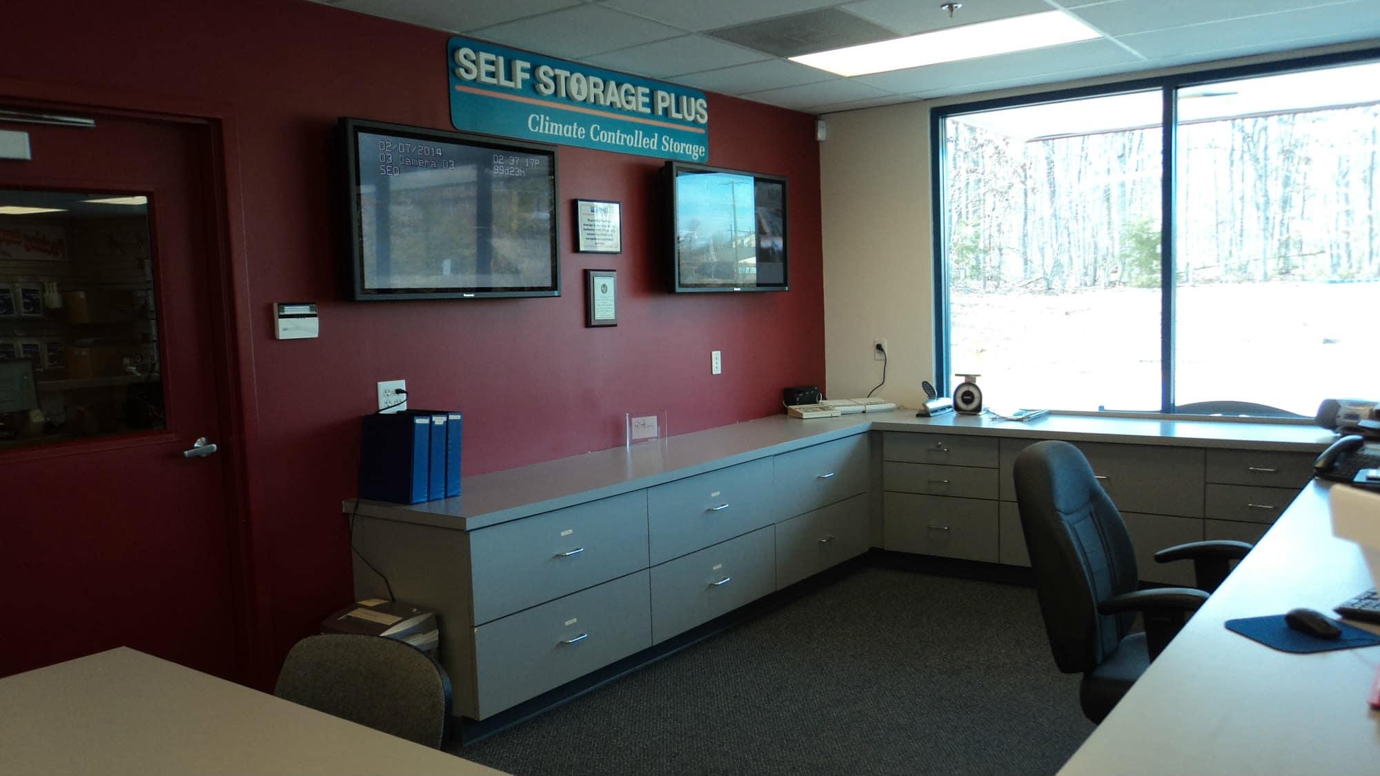 Leasing desk at Self Storage Plus in Woodbridge, VA
