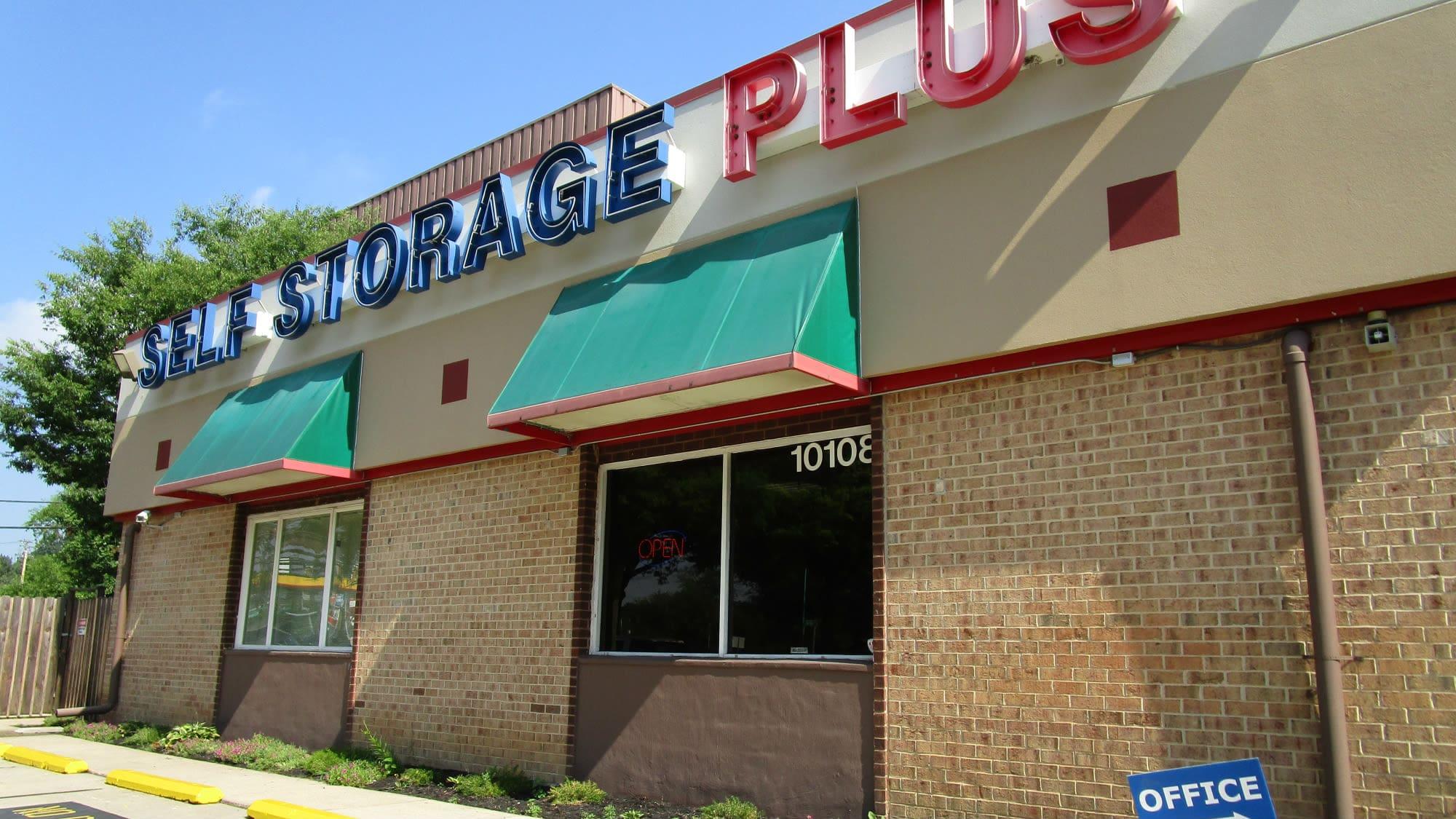 Exterior view of Self Storage Plus in Lanham, MD