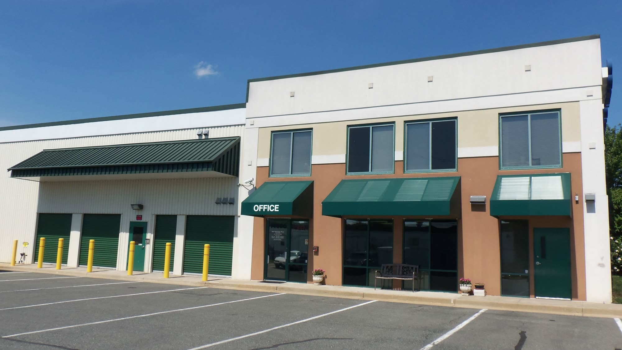 Exterior view of Self Storage Plus in Rockville, MD