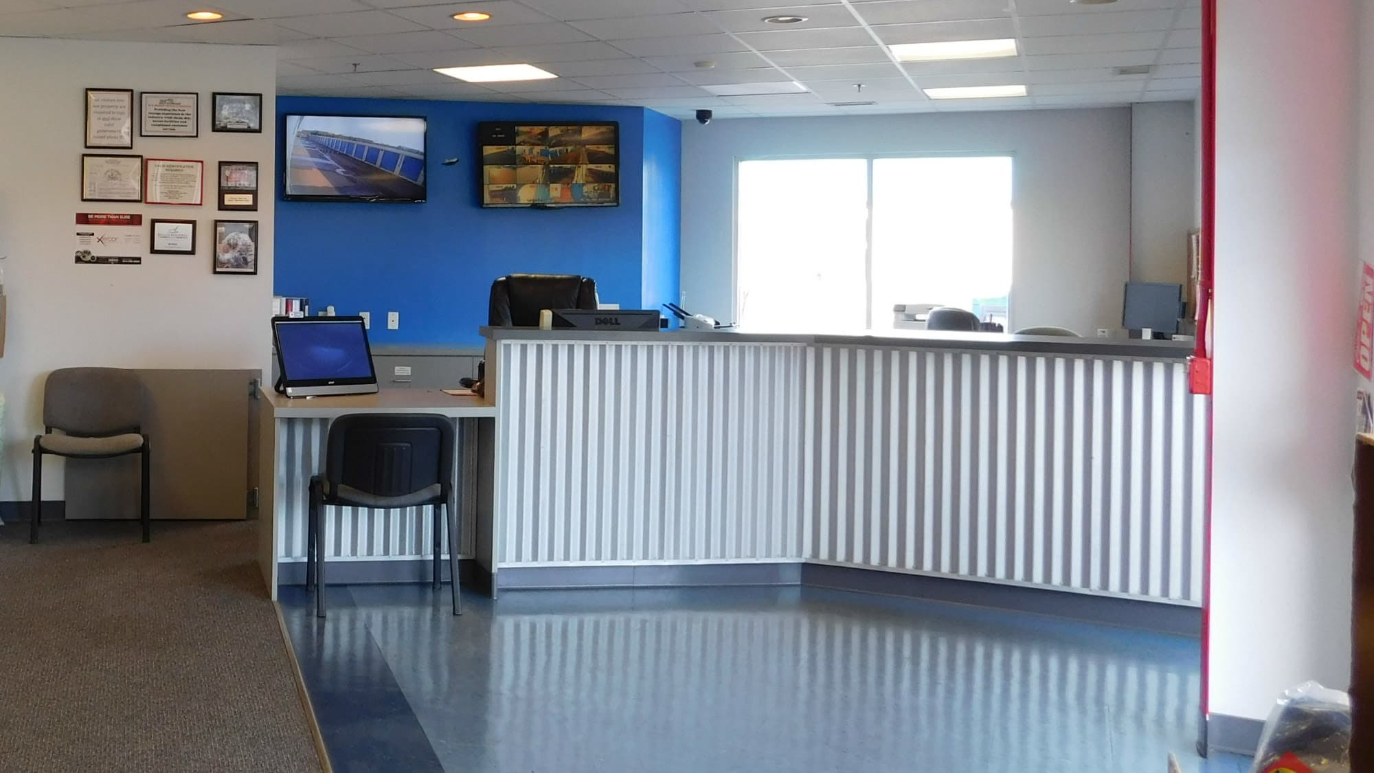 Leasing desk at Air and Space Self Storage in Chantilly, VA