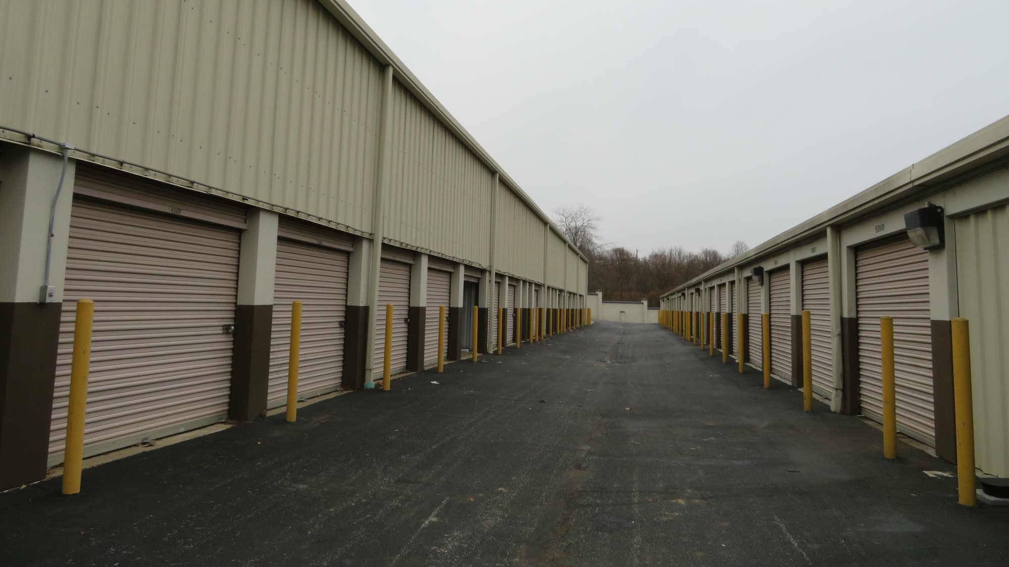 Exterior units at Seabrook Self Storage in Seabrook, Maryland