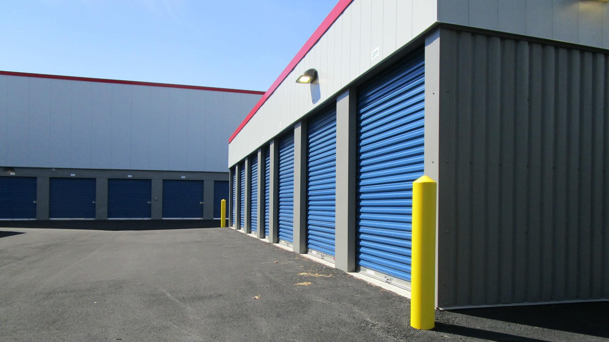 Drive-up units at Park 'N' Space Self Storage in Manassas, Virginia