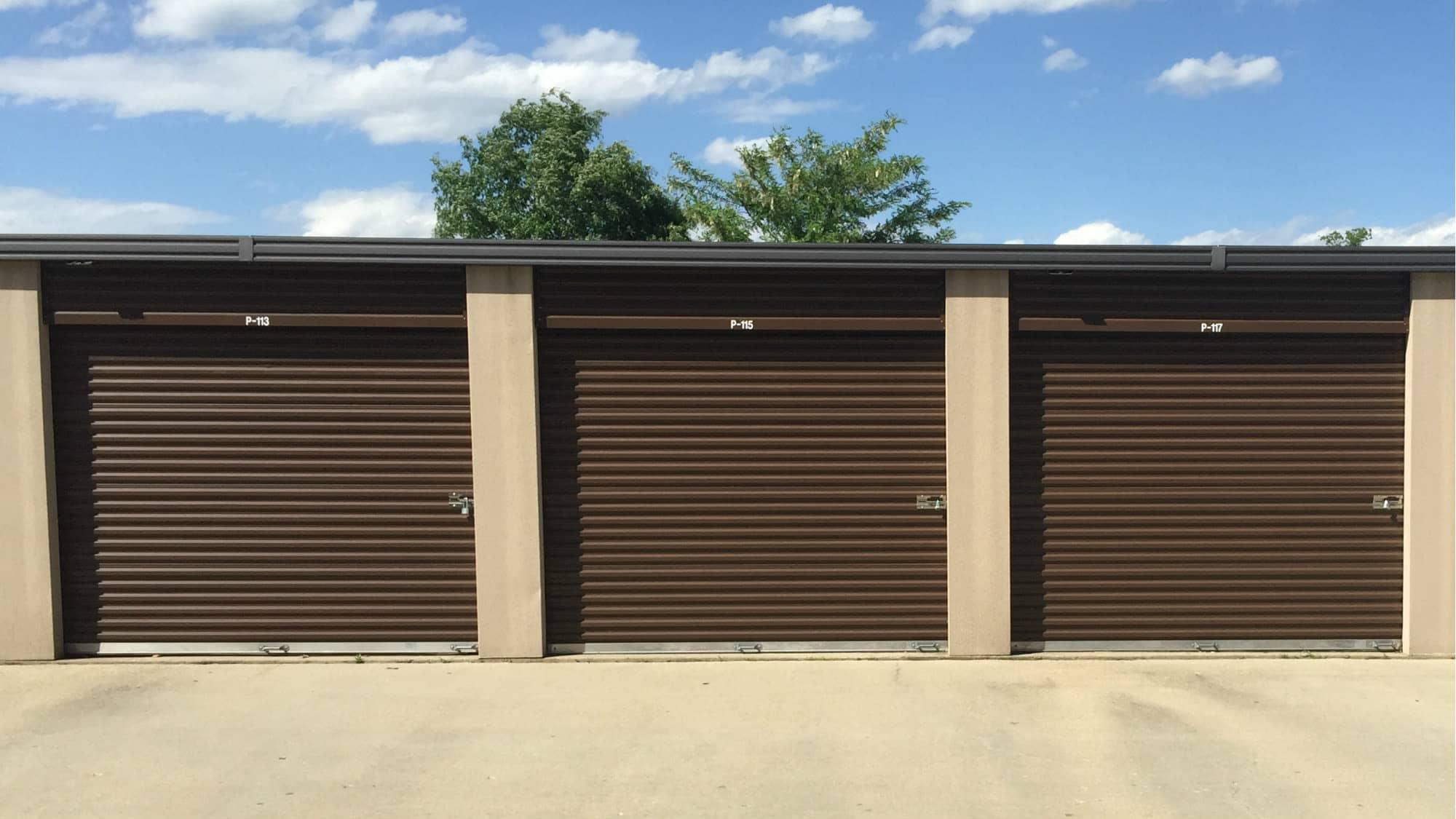 Drive-up units at Westlake Self Storage in Waldorf, MD
