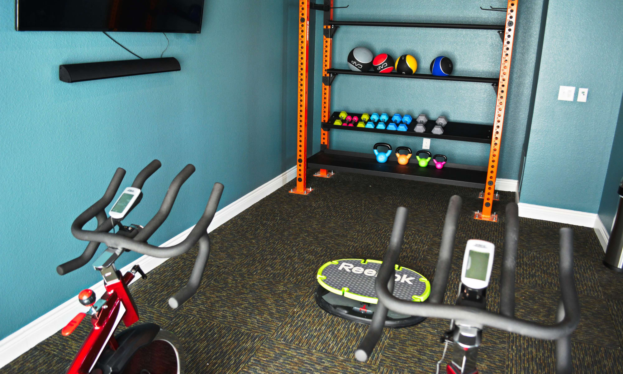 The Abbey at Dominion Crossing offers a beautiful fitness center in San Antonio, TX