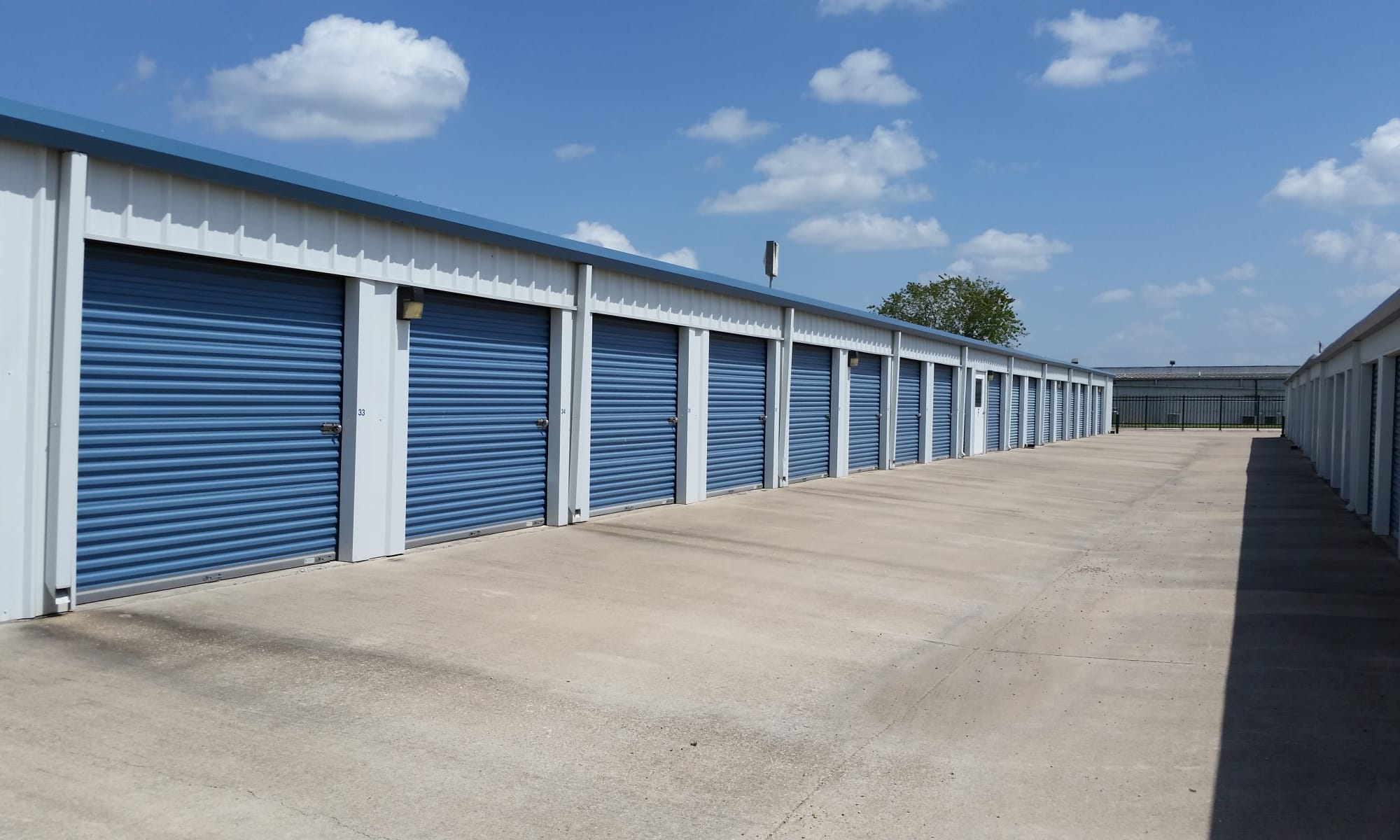 Self storage in Del Valle TX